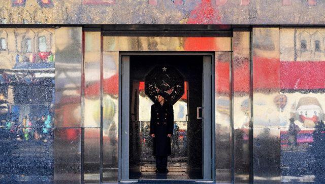 В РПЦ отметили псевдорелигиозный характер отношения к телу Ленина в СССР / ria.ru
