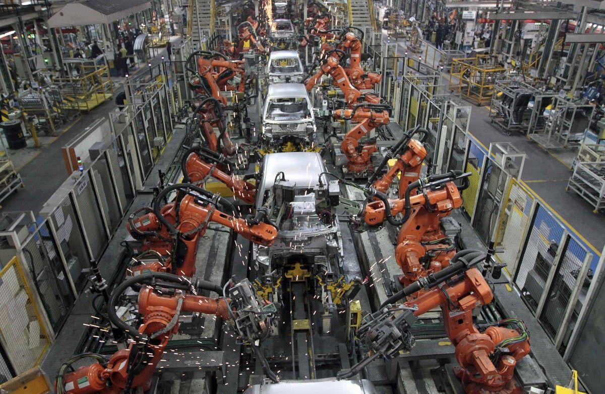 Работа на пяти заводах Honda будет приостановлена на одну неделю / Иллюстрация REUTERS