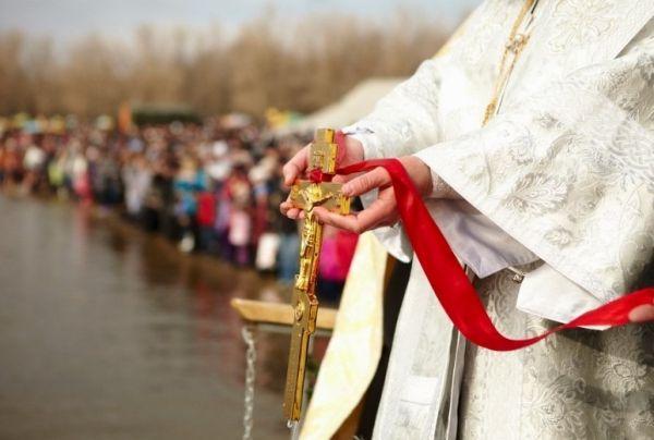 Великое освящение вод морей, рек и водоемов состоится в праздник Крещения Господня / foma.in.ua