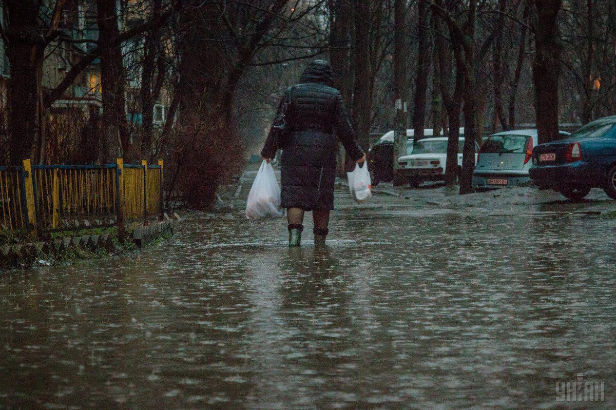 Березень в Україні видався рекордно дощовим / УНІАН