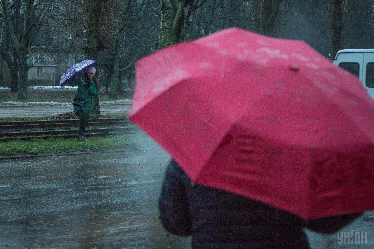 В окремих регіонах України очікуються дощі / УНІАН