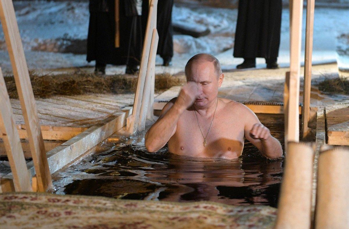 Путина назвали эротической фантазией каждой российской женщины / Иллюстрация REUTERS