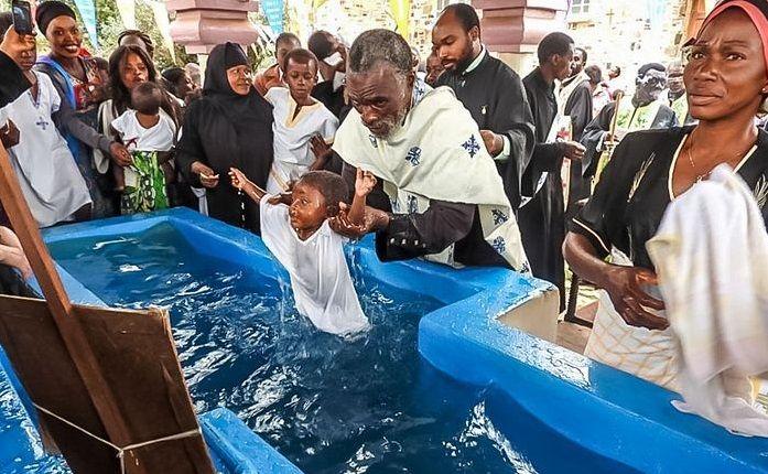 Всі хрещені були визнані гідними права увійти в лоно Церкви / orthochristian.com