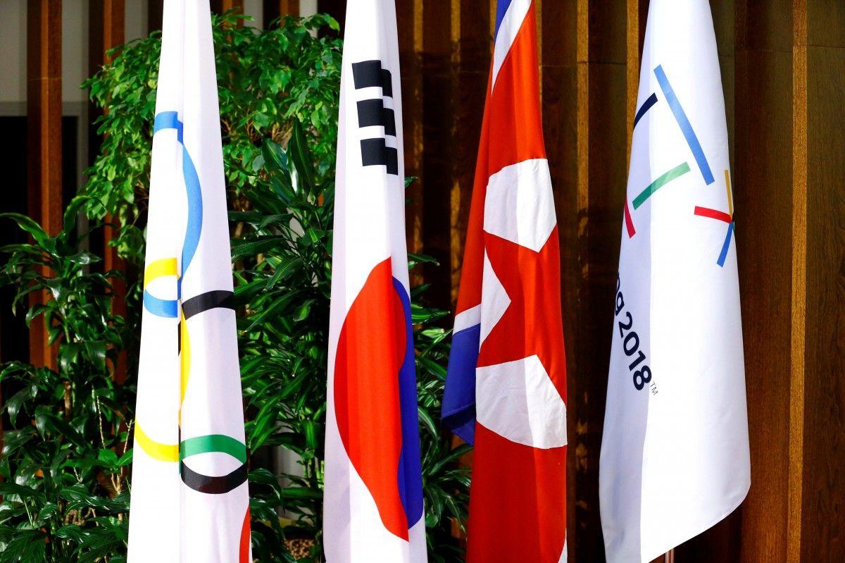 Северокорейская делегация впервый раз за4 года прибыла вЮжную Корею