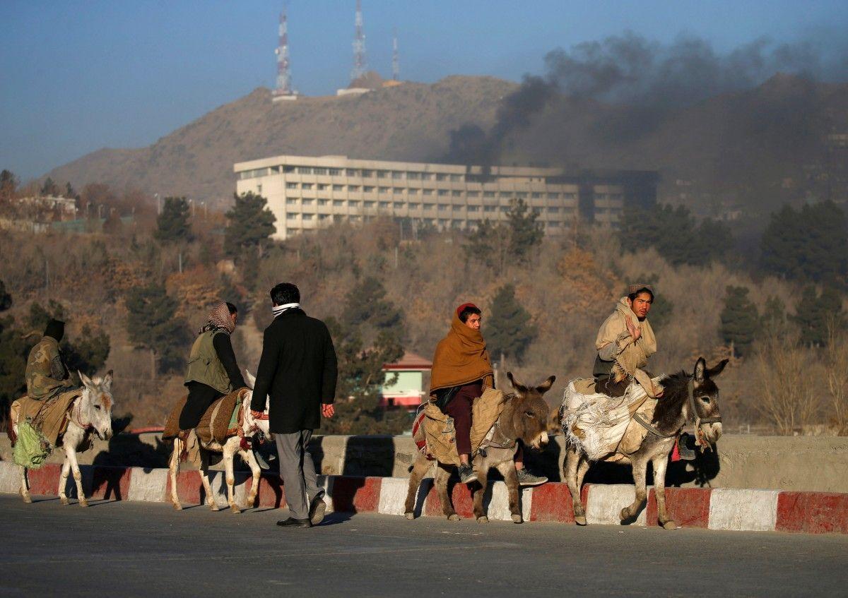 Готель InterContinental в Кабулі під час нападу терористів / REUTERS