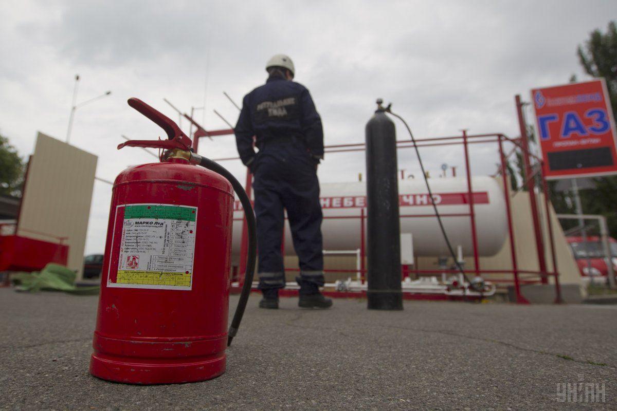 Київська ОДА оголосила боротьбу незаконним газовим заправкам / фото УНІАН