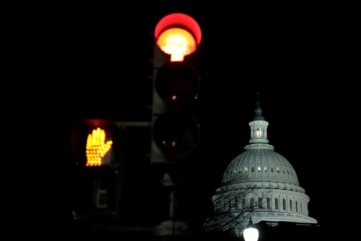 Сенаторы США договорились о обновлении работы руководства