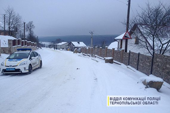 Близько 4 години ранку травмована дівчина померла / фото tp.npu.gov.ua