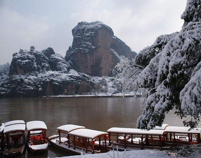 Храм існував у горах Лунхушань / China.org.cn