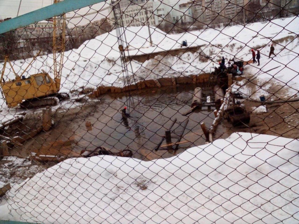 Строители сливали отходы в озеро / фото пресс-служба Госрыбагентства