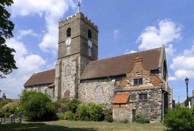 Церковь Святого Петра, Сэндвич. Деревенская церковь звонила в колокола на протяжении 900 лет в течение дня и ночи / christiantoday.com