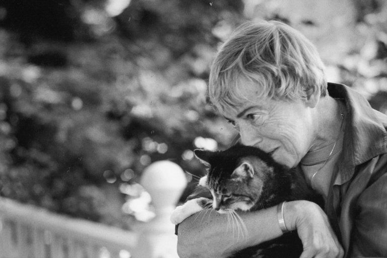 Урсула ЛеГуин: Скончалась «икона литературы»