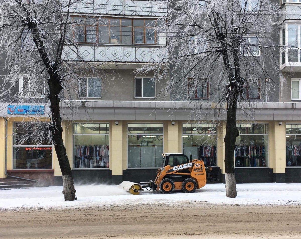 Ликвидация последствий непогоды в областном центре продолжается / zt-rada.gov.ua