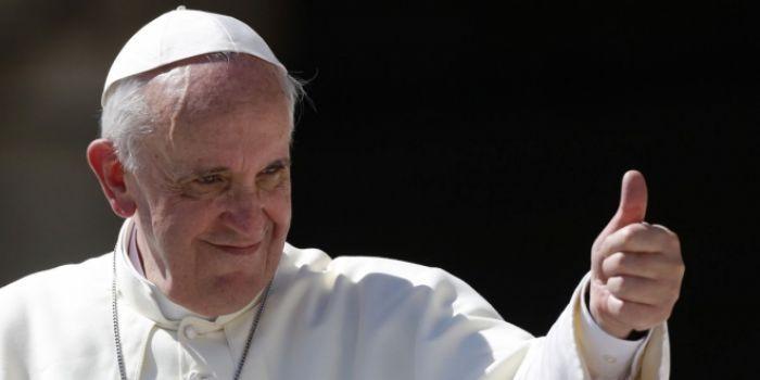 Папа Франциск: Приятно смотреть на обработанные фотографии, но мы не можем применять