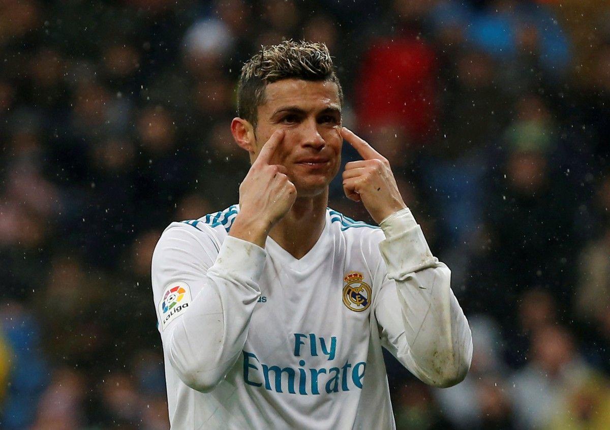 """Кріштіану Роналду не вірить своїм очам при фінансових пропозиціях босів """"Реала"""" / REUTERS"""