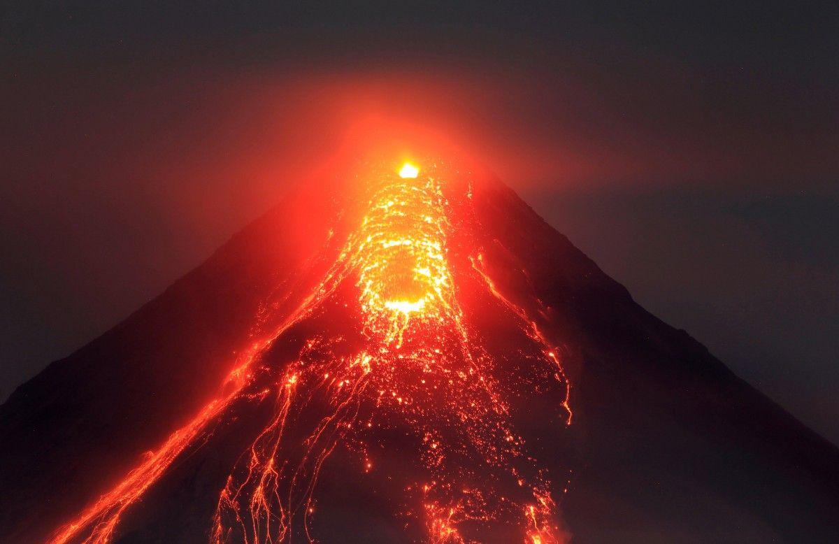 Виверження вулкану Майон / REUTERS