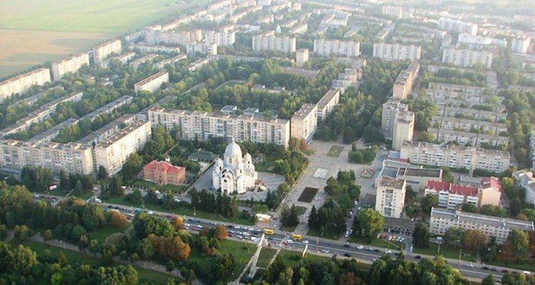У Тернополі з ресторану на 6-му поверсі випав нетверезий відвідувач  / inform-ua.info