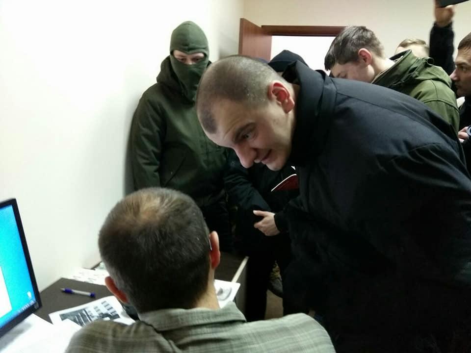 Активисты С14 заблокировали офис СПЖ /