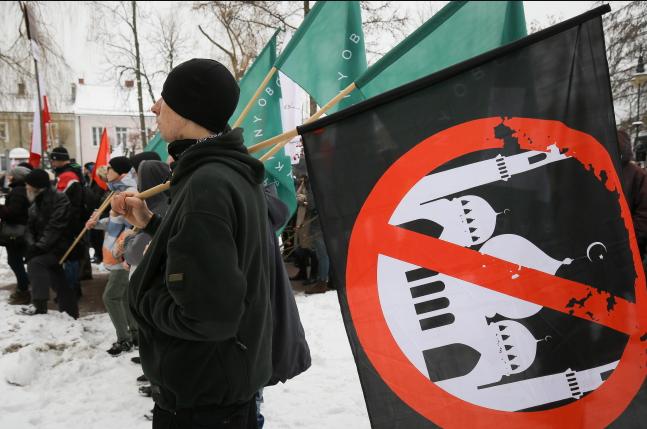 Поляки не хотят видеть мусульман в своей стране / radiopolsha.pl