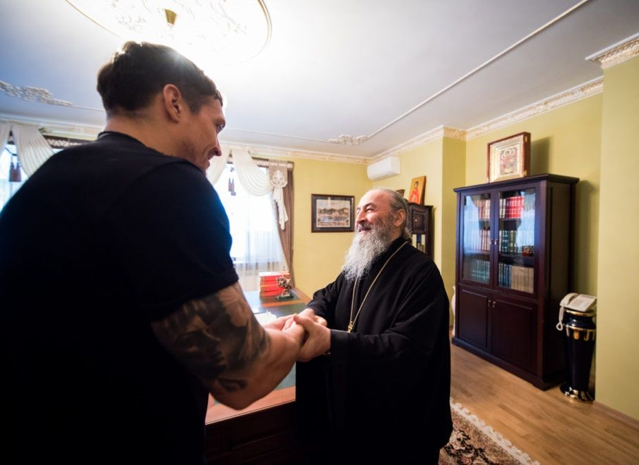 Перед боем боксер получил благословение Блаженнейшего митрополита / news.church.ua