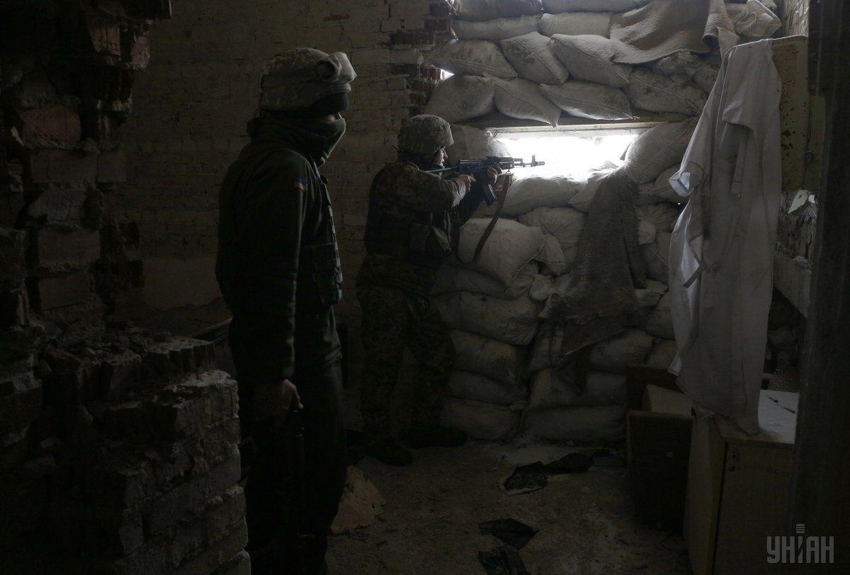 Российские оккупационные войска вели прицельный огонь из гранатометов / фото УНИАН
