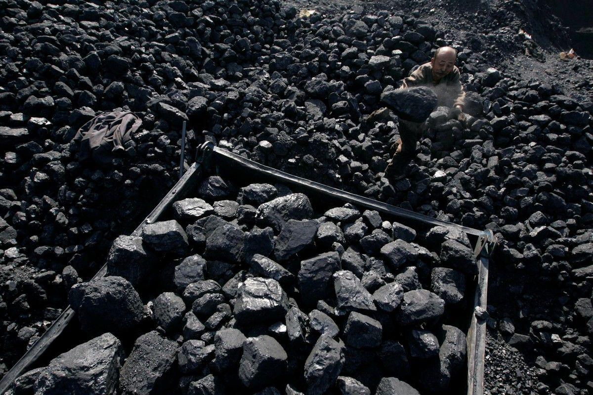 Увеличены запасы угля на складах украинских теплоэлектростанций / Иллюстрация REUTERS