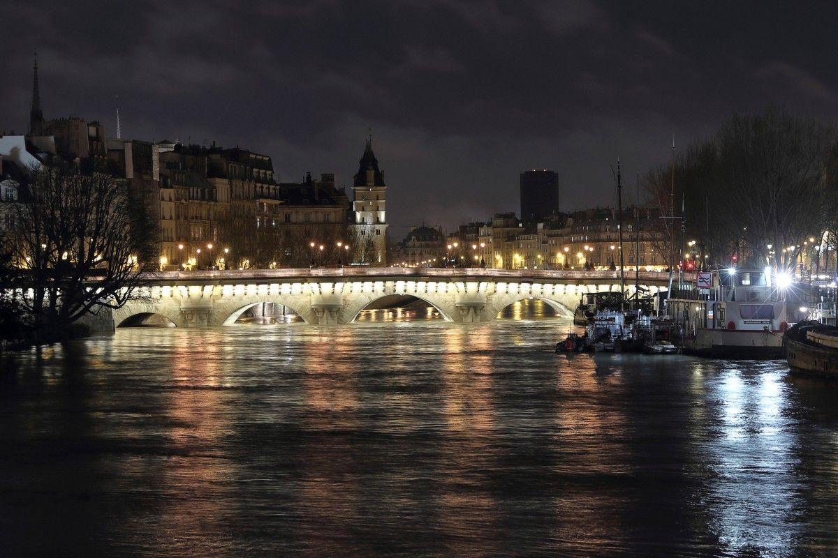 Повінь в Парижі / REUTERS