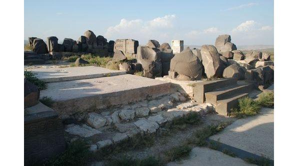 В ходе военной операции Турции в Сирии пострадал древний арамейский храм / blagovest-info.ru