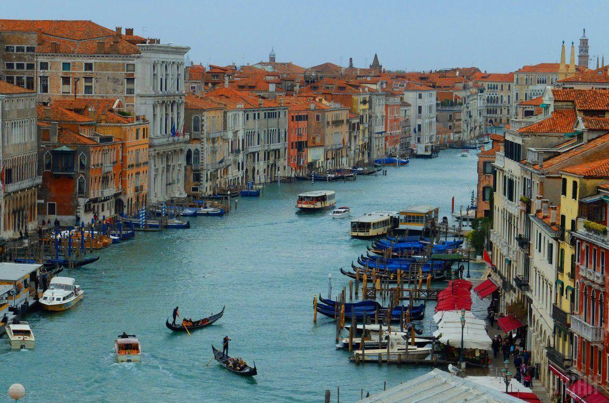 Плавсредства, принадлежащего жителям исторического центра Венеции, освобождаются от запрета / фото УНИАН