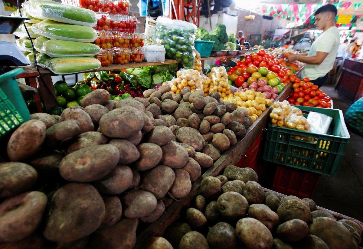 В Киеве планируют закрыть один из рынков / фото  REUTERS