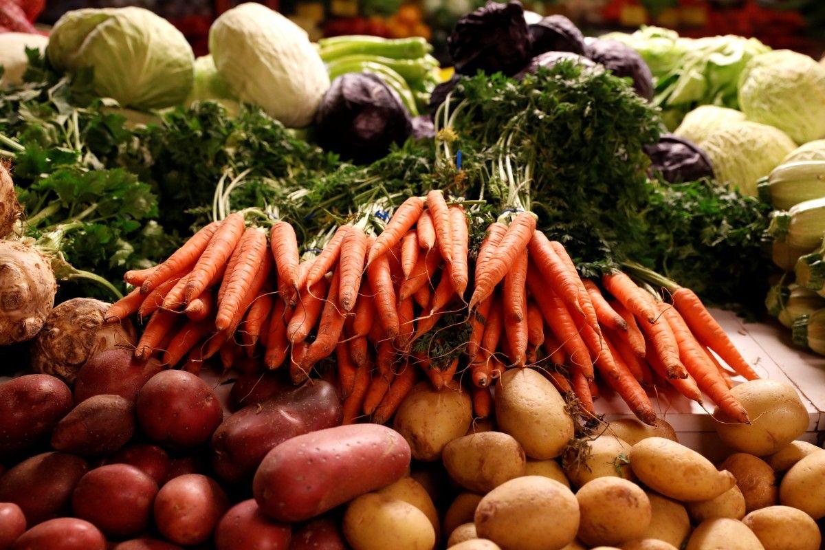 Инфляцию в Украине сдерживало медленное подорожание продуктовпитания / REUTERS