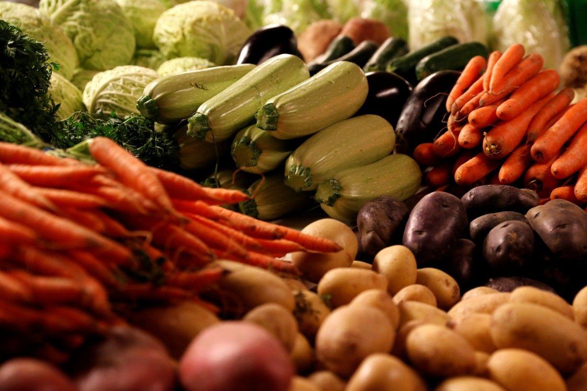 В Україні у вересні подешевшали всі овочі, за винятком моркви / REUTERS