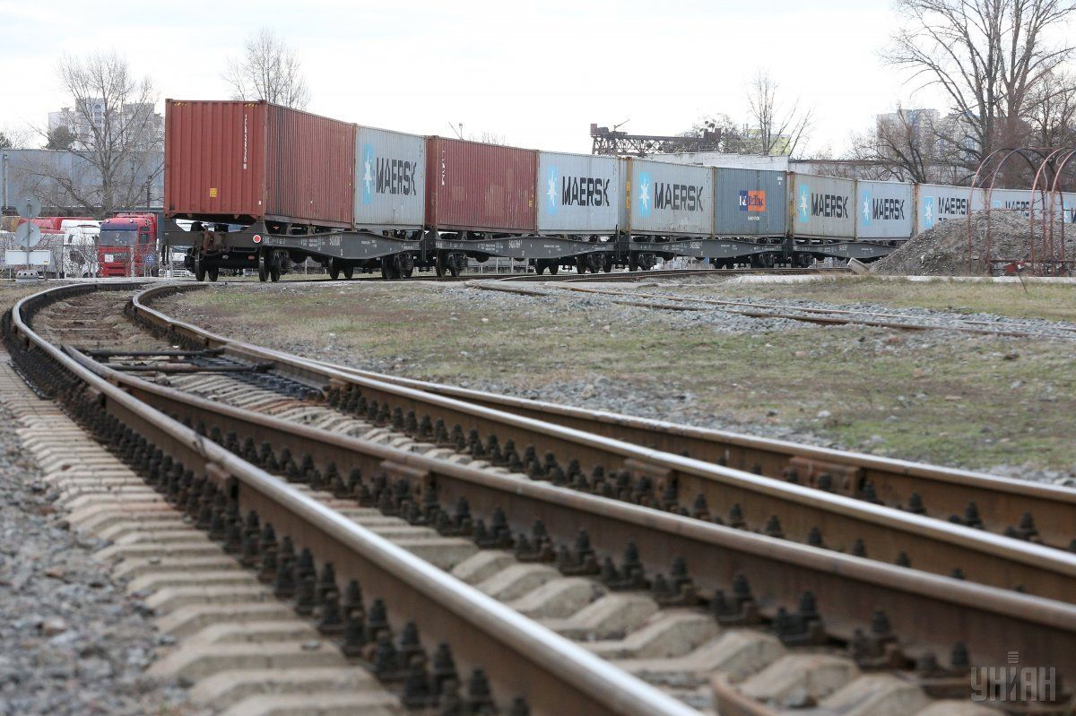 ВУкраинском государстве запустили постоянный контейнерный поезд Киев- порт «Южный»