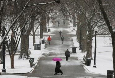 Завтра в Україні збережеться холодна погода, місцями очікується до -9 градусів (відеопрогноз)