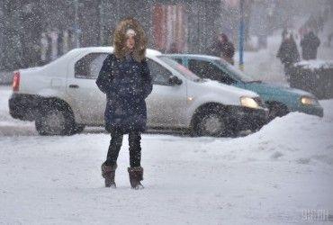 Синоптики попереджають про сильний вітер та хуртовини в Україні