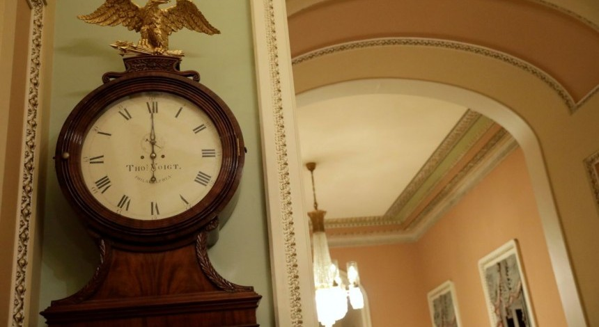 U.S. government shutdown begins as spending bill fails in Senate – media