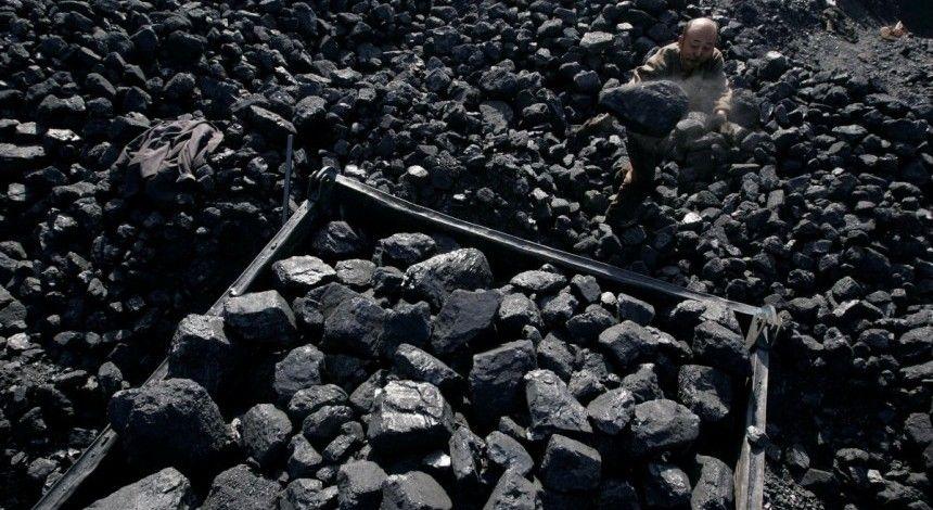 Украина увеличивает запасы угля на складах ТЭС