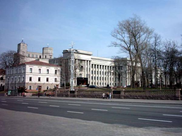 Центральный Дом офицеров в Минске / wikimapia.org
