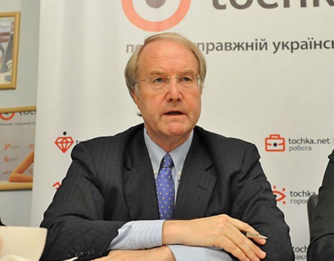 Бейт Томс розповів, що відлякує інвесторів від України  / tochka.net