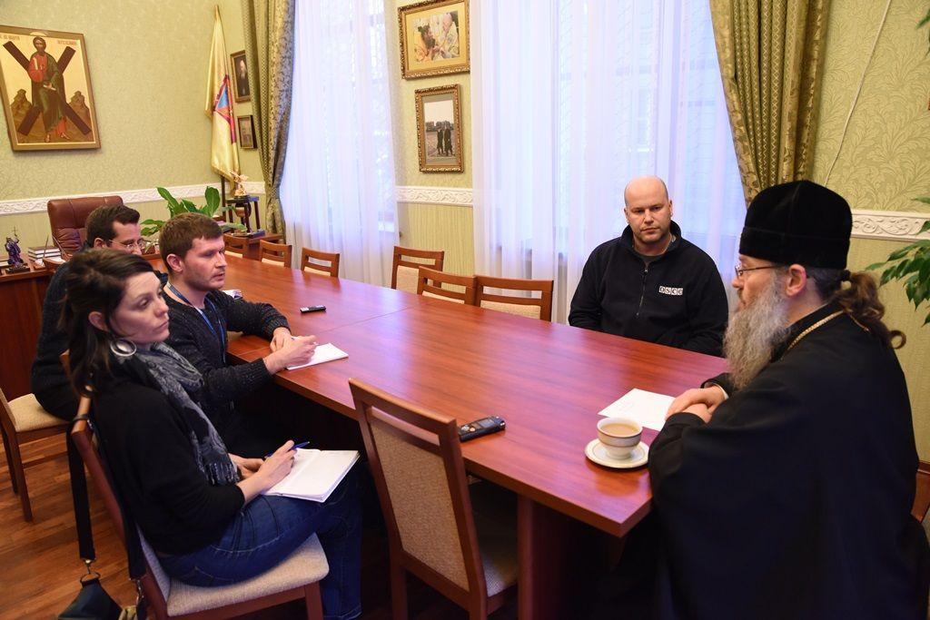 Встреча представителей ОБСЕ с духовенством УПЦ в Запорожской епархии / news.church.ua