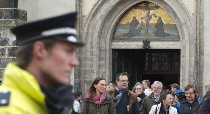 Прихожане церкви в Виттенберге / dw.com