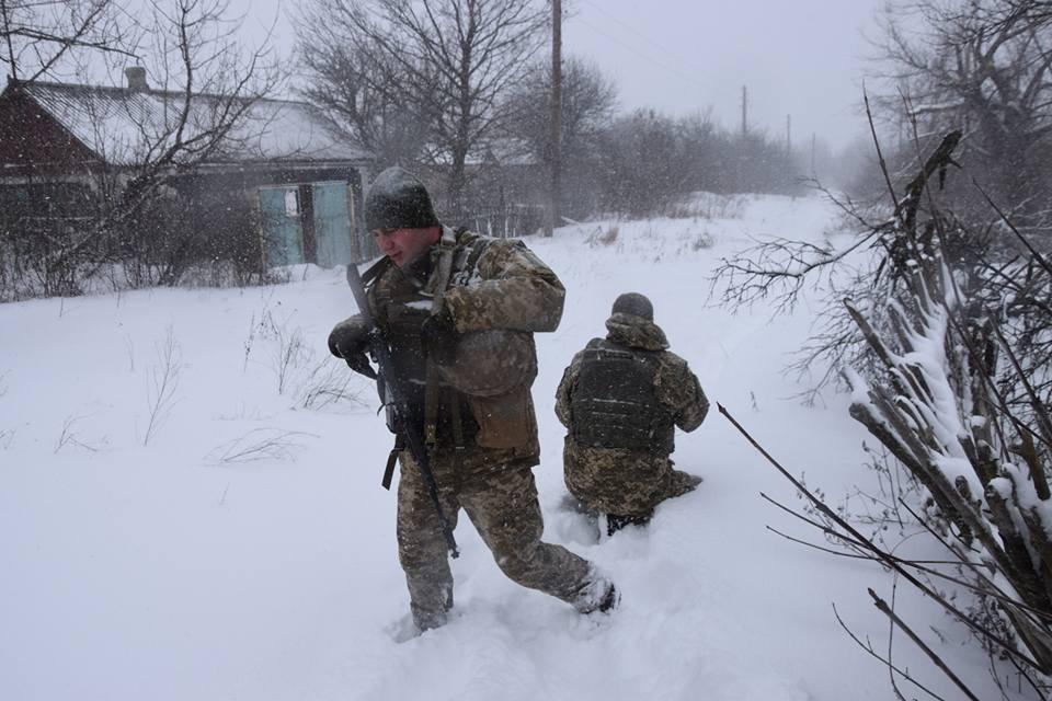 Військові увійшли до села наприкінці січня / фото Лана Борисова, Facebook