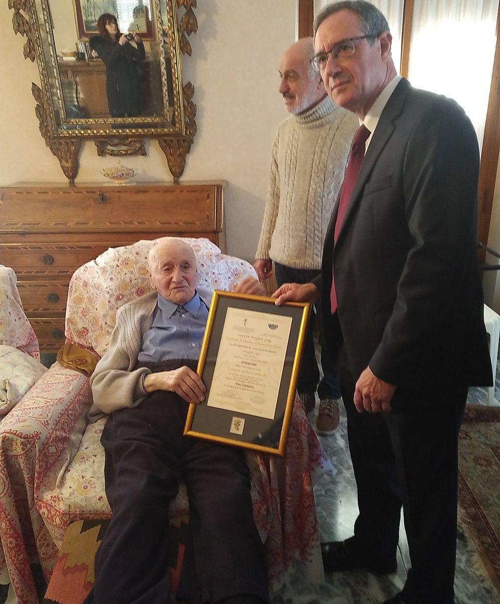 Енцо Кавальон допоміг сотням єврейських біженців в роки Голокосту / ynetnews.com