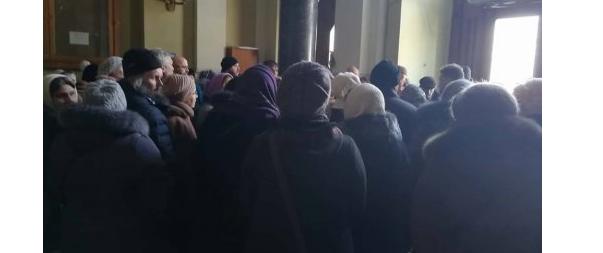 Встречи с Олегом Синюткой требовали около 40 прихожан храма св. Владимира на Сыхове / zaxid.net