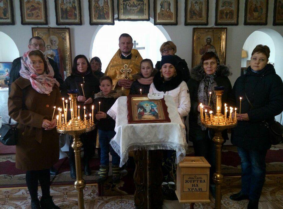 У Мукачеві голова Військового відділу зустрівся з дружинами загиблих воїнів АТО / news.church.ua