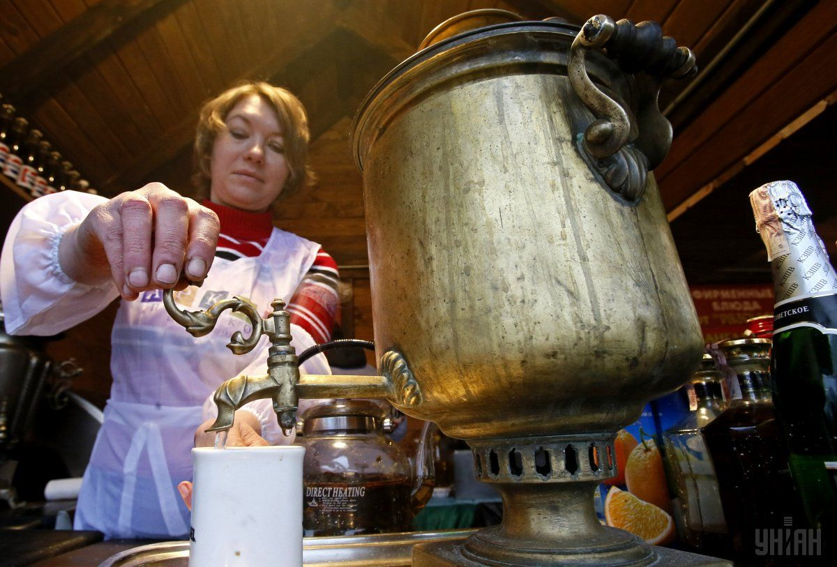 Ученые обнаружили связь между любовью к горячему чаю и развитием рака / Фото УНИАН