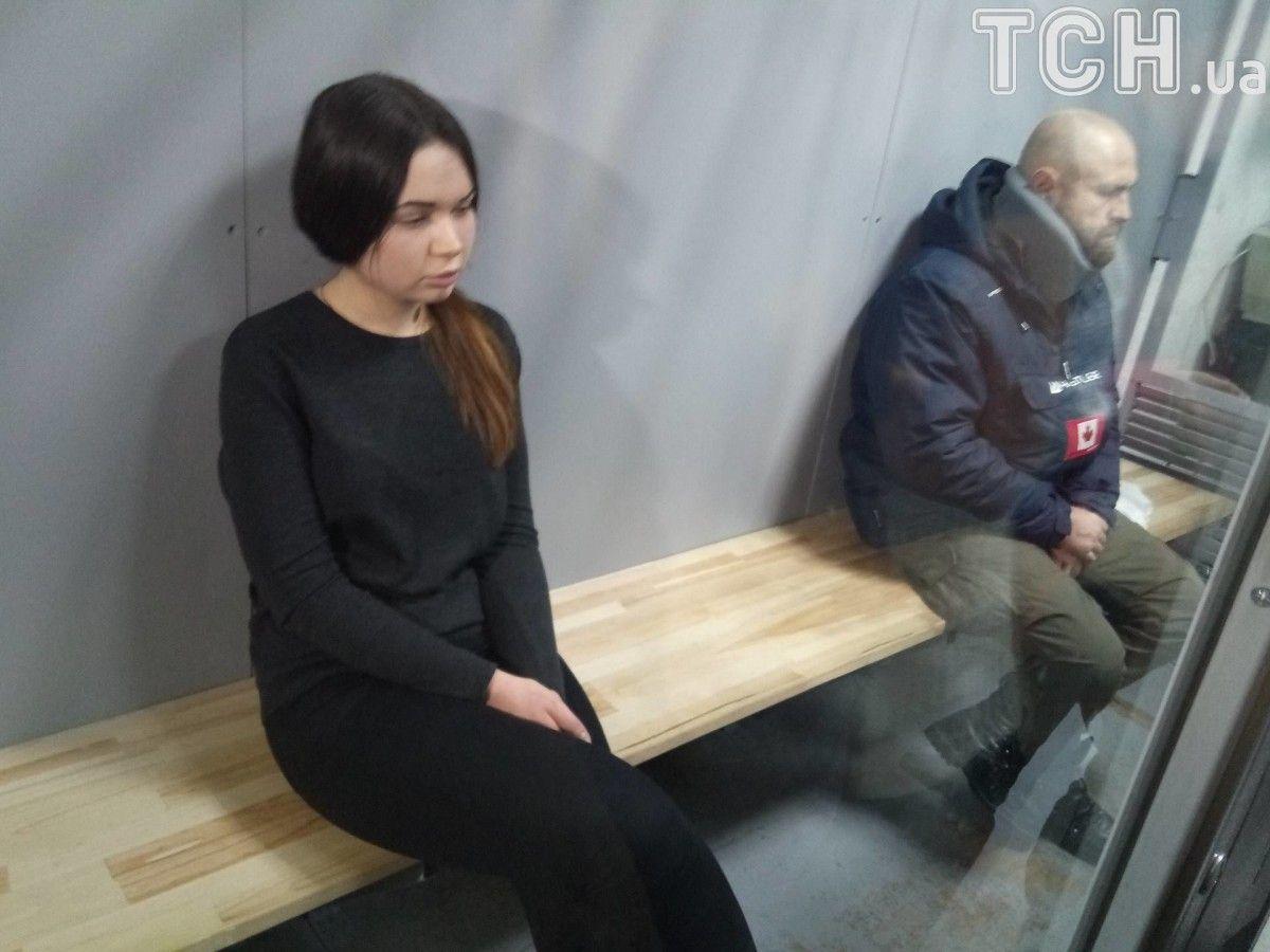 Дронов та Зайцева перебувають у залі суду / фото ТСН