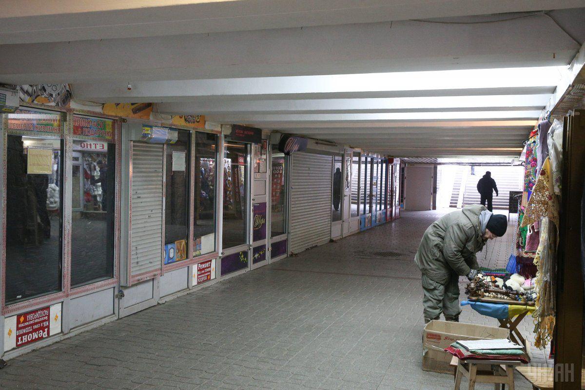 Подземный переход около метро «Майдан Независимости» очистят откиосков