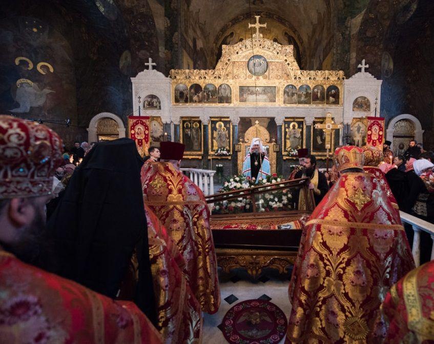 Митрополит Онуфрій очолив Божественну літургію у Києво-Печерській лаврі / news.church.ua