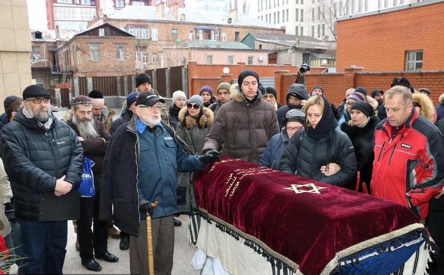 Мэр Днепра не смог присутствовать на прощании, но выразил скорбь в послании / djc.com.ua